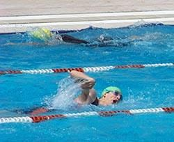 Una domenica in acqua alla piscina di bellariva di firenze - Piscina nannini firenze ...