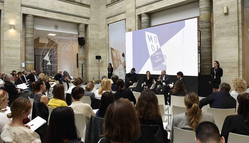 Moda made in italy manca una regia per la formazione dei for Scuola superiore moda milano