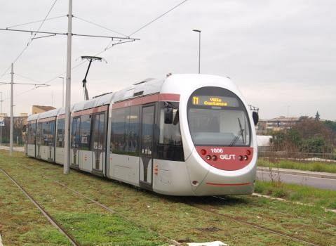 Tramvia Pi Lunga Scambiatore Su Firenze Pisa Livorno Ed
