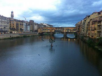 Tassa di Soggiorno, Firenze spreme i turisti e aumenta a chi ha già ...