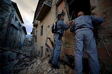 Terremoto centro Italia, Protezione Civile: 'Non c'è bisogno di cibo''