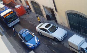 Santa Maria Novella, inseguimento all'alba seguito sui Social