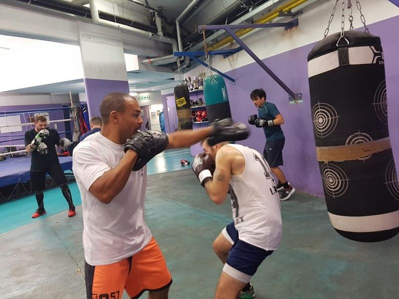 Dieta Settimanale Pugile : Bundu boxe: continuano gli allenamenti del coach leonard u2022 nove da