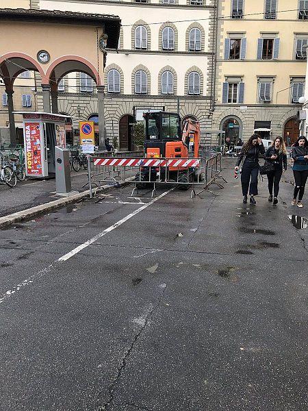 Piazza dei ciompi inizia dalla pietra la riqualificazione for Piazza dei ciompi