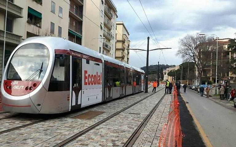 Tramvia A Firenze 8 Anni Dopo Il Sirio Social E Testa I
